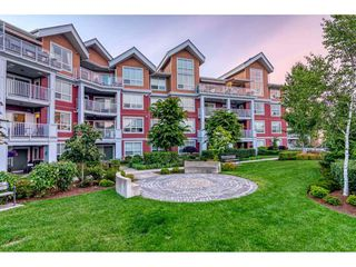 "Photo 23: 403 6480 194 Street in Surrey: Clayton Condo for sale in ""Waterstone"" (Cloverdale)  : MLS®# R2467740"
