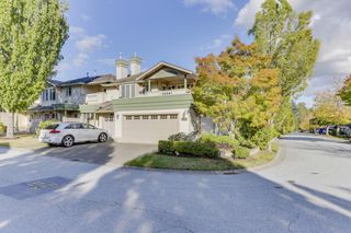 """Photo 2: 163 13888 70 Avenue in Surrey: East Newton Townhouse for sale in """"Chelsea Gardens"""" : MLS®# R2501908"""