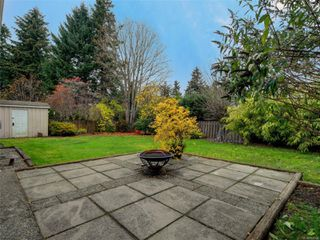 Photo 32: 2390 Halcyon Pl in : CS Tanner House for sale (Central Saanich)  : MLS®# 860768