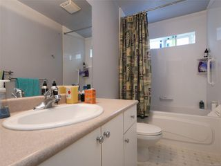 Photo 31: 2390 Halcyon Pl in : CS Tanner House for sale (Central Saanich)  : MLS®# 860768