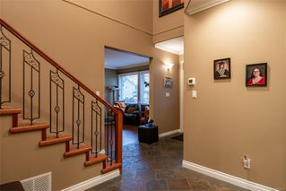 Photo 3: 2760 Bradford Dr in : CR Willow Point House for sale (Campbell River)  : MLS®# 862731