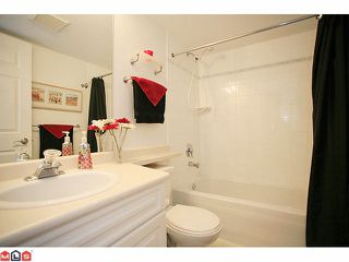 "Photo 9: 210 20189 54TH Avenue in Langley: Langley City Condo for sale in ""Catalina Gardens"" : MLS®# F1127563"