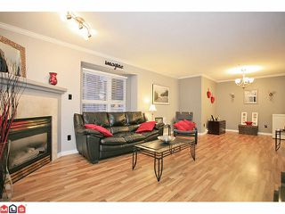 "Photo 2: 210 20189 54TH Avenue in Langley: Langley City Condo for sale in ""Catalina Gardens"" : MLS®# F1127563"