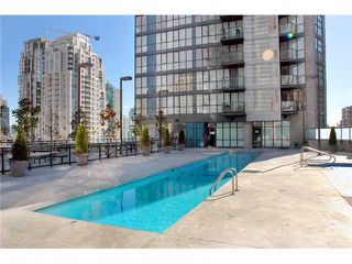 "Photo 1: 1807 1155 SEYMOUR Street in Vancouver: Downtown VW Condo for sale in ""Brava"" (Vancouver West)  : MLS®# V925251"