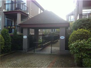 Photo 2: # 101 588 12TH ST in New Westminster: Uptown NW Condo for sale : MLS®# V1017371