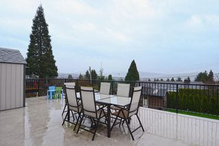 Photo 2: 803 CALVERHALL Street in North Vancouver: Calverhall House for sale : MLS®# V1055291