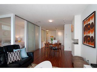 "Photo 7: 318 328 E 11TH Avenue in Vancouver: Mount Pleasant VE Condo for sale in ""Uno"" (Vancouver East)  : MLS®# V1061290"