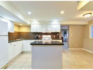"""Photo 18: 14890 SOUTHMERE Place in Surrey: Sunnyside Park Surrey House for sale in """"SOUTHMERE VILLAGE"""" (South Surrey White Rock)  : MLS®# F1425031"""