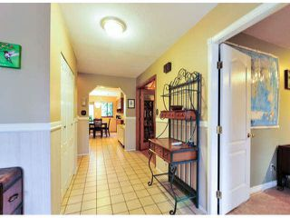 """Photo 3: 14890 SOUTHMERE Place in Surrey: Sunnyside Park Surrey House for sale in """"SOUTHMERE VILLAGE"""" (South Surrey White Rock)  : MLS®# F1425031"""