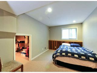 """Photo 17: 14890 SOUTHMERE Place in Surrey: Sunnyside Park Surrey House for sale in """"SOUTHMERE VILLAGE"""" (South Surrey White Rock)  : MLS®# F1425031"""