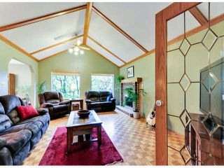 """Photo 2: 14890 SOUTHMERE Place in Surrey: Sunnyside Park Surrey House for sale in """"SOUTHMERE VILLAGE"""" (South Surrey White Rock)  : MLS®# F1425031"""