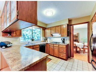 """Photo 8: 14890 SOUTHMERE Place in Surrey: Sunnyside Park Surrey House for sale in """"SOUTHMERE VILLAGE"""" (South Surrey White Rock)  : MLS®# F1425031"""