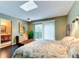 """Photo 13: 14890 SOUTHMERE Place in Surrey: Sunnyside Park Surrey House for sale in """"SOUTHMERE VILLAGE"""" (South Surrey White Rock)  : MLS®# F1425031"""