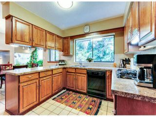 """Photo 7: 14890 SOUTHMERE Place in Surrey: Sunnyside Park Surrey House for sale in """"SOUTHMERE VILLAGE"""" (South Surrey White Rock)  : MLS®# F1425031"""