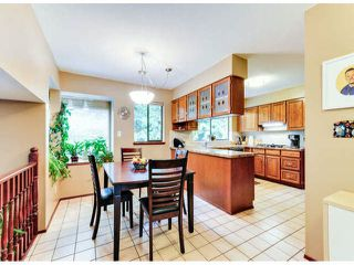 """Photo 9: 14890 SOUTHMERE Place in Surrey: Sunnyside Park Surrey House for sale in """"SOUTHMERE VILLAGE"""" (South Surrey White Rock)  : MLS®# F1425031"""
