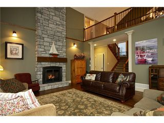 Photo 2: 6915 SATCHELL Road in Abbotsford: Bradner House for sale : MLS®# F1432823