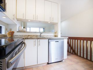 "Photo 13: 104 811 W 7TH Avenue in Vancouver: Fairview VW Townhouse for sale in ""WILLOW MEWS"" (Vancouver West)  : MLS®# V1110537"