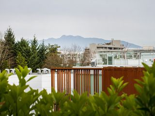 "Photo 22: 104 811 W 7TH Avenue in Vancouver: Fairview VW Townhouse for sale in ""WILLOW MEWS"" (Vancouver West)  : MLS®# V1110537"