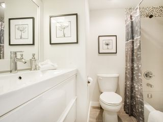 "Photo 16: 104 811 W 7TH Avenue in Vancouver: Fairview VW Townhouse for sale in ""WILLOW MEWS"" (Vancouver West)  : MLS®# V1110537"