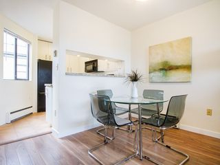 "Photo 9: 104 811 W 7TH Avenue in Vancouver: Fairview VW Townhouse for sale in ""WILLOW MEWS"" (Vancouver West)  : MLS®# V1110537"