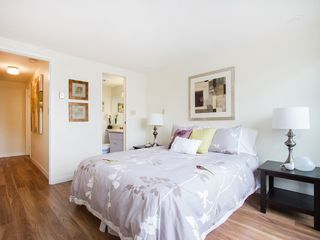 "Photo 18: 104 811 W 7TH Avenue in Vancouver: Fairview VW Townhouse for sale in ""WILLOW MEWS"" (Vancouver West)  : MLS®# V1110537"