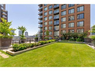 """Photo 14: 906 1088 RICHARDS Street in Vancouver: Yaletown Condo for sale in """"RICHARDS"""" (Vancouver West)  : MLS®# V1115263"""