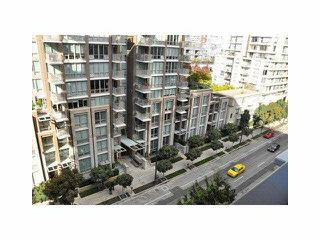 """Photo 7: 906 1088 RICHARDS Street in Vancouver: Yaletown Condo for sale in """"RICHARDS"""" (Vancouver West)  : MLS®# V1115263"""