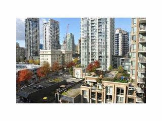 """Photo 6: 906 1088 RICHARDS Street in Vancouver: Yaletown Condo for sale in """"RICHARDS"""" (Vancouver West)  : MLS®# V1115263"""