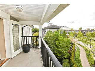 "Photo 15: 7 11060 BARNSTON VIEW Road in Pitt Meadows: South Meadows Townhouse for sale in ""COHO 1"" : MLS®# V1119323"