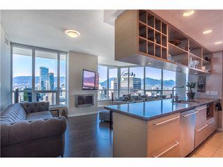"Photo 1: 3805 833 SEYMOUR Street in Vancouver: Downtown VW Condo for sale in ""CAPITOL RESIDENCES"" (Vancouver West)  : MLS®# V1122249"