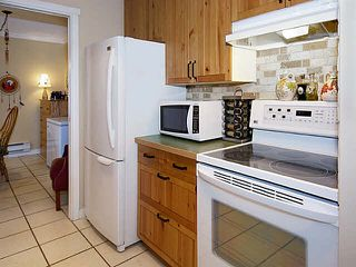 "Photo 7: 140 5421 10TH Street in Tsawwassen: Tsawwassen Central Townhouse for sale in ""SUNDIAL"" : MLS®# V1125911"