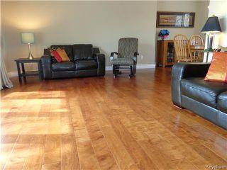 Photo 7: 7 Oswald Bay in Winnipeg: Charleswood Residential for sale (South Winnipeg)  : MLS®# 1607539
