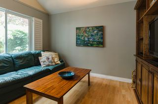 Photo 9: 2151 KIRKSTONE Place in North Vancouver: Lynn Valley House for sale : MLS®# R2073346