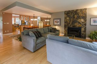 Photo 8: 2151 KIRKSTONE Place in North Vancouver: Lynn Valley House for sale : MLS®# R2073346