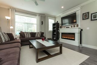 "Photo 3: 11 33860 MARSHALL Road in Abbotsford: Central Abbotsford Townhouse for sale in ""MARSHALL MEWS"" : MLS®# R2075997"