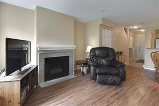 "Photo 3: 19 123 SEVENTH Street in New Westminster: Uptown NW Townhouse for sale in ""ROYAL CITY TERRACE"" : MLS®# R2077015"