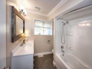 "Photo 18: 5519 5B Avenue in Delta: Pebble Hill House for sale in ""PEBBLE HILL"" (Tsawwassen)  : MLS®# R2101211"