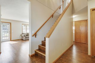 Photo 3: 28 Arbour Ridge Place NW in Calgary: House for sale : MLS®# C4025395