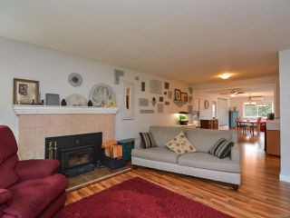 Photo 4: 451 WOODS Avenue in COURTENAY: CV Courtenay City House for sale (Comox Valley)  : MLS®# 749246