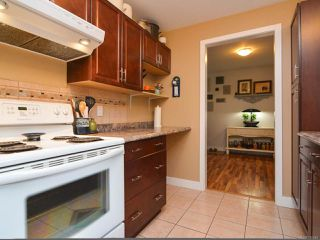 Photo 8: 451 WOODS Avenue in COURTENAY: CV Courtenay City House for sale (Comox Valley)  : MLS®# 749246