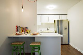 """Photo 4: 202 2120 W 2ND Avenue in Vancouver: Kitsilano Condo for sale in """"ARBUTUS PLACE"""" (Vancouver West)  : MLS®# R2149940"""