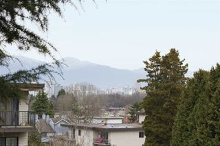 """Photo 11: 202 2120 W 2ND Avenue in Vancouver: Kitsilano Condo for sale in """"ARBUTUS PLACE"""" (Vancouver West)  : MLS®# R2149940"""
