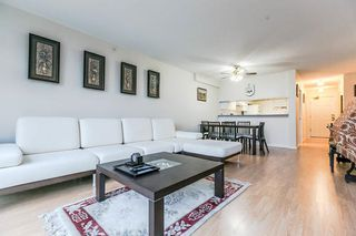 "Photo 4: 404 1199 EASTWOOD Street in Coquitlam: North Coquitlam Condo for sale in ""THE SELKIRK"" : MLS®# R2151321"