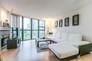 "Photo 3: 404 1199 EASTWOOD Street in Coquitlam: North Coquitlam Condo for sale in ""THE SELKIRK"" : MLS®# R2151321"