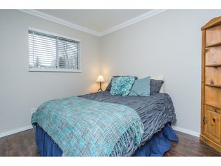 "Photo 12: 2704 274A Street in Langley: Aldergrove Langley House for sale in ""SOUTH ALDERGROVE"" : MLS®# R2153359"