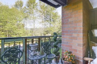 "Photo 13: 221 700 KLAHANIE Drive in Port Moody: Port Moody Centre Condo for sale in ""Boardwalk"" : MLS®# R2206662"