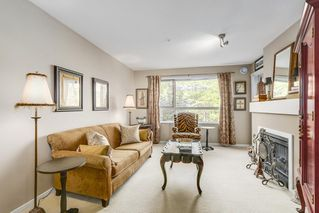 "Photo 3: 221 700 KLAHANIE Drive in Port Moody: Port Moody Centre Condo for sale in ""Boardwalk"" : MLS®# R2206662"
