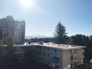"Photo 5: 405 33485 SOUTH FRASER Way in Abbotsford: Central Abbotsford Condo for sale in ""Citadel Ridge"" : MLS®# R2207538"