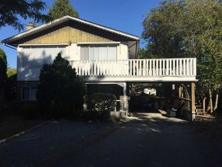 Photo 1: 5500 199A Street in Langley: Langley City House for sale : MLS®# R2211470