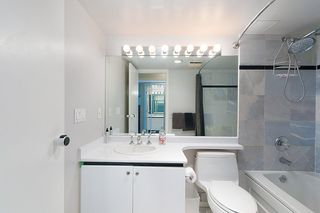 """Photo 14: 1504 130 E 2ND Street in North Vancouver: Lower Lonsdale Condo for sale in """"THE OLYMPIC"""" : MLS®# R2220070"""